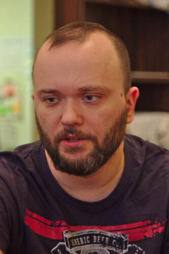 Viatcheslav « Slava » Bondarenko, journaliste et activiste de Vostok SOS, a été arrêté et torturé par les autorités séparatistes de Louhansk.