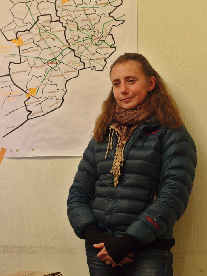 Anna Mokrousova, dans les locaux de Vostok SOS, à Kiev